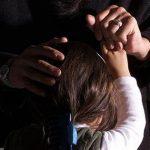 Padrasto estupra duas enteadas